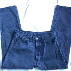 Levi's 33x32 button fly 501 jeans